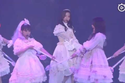 2019火箭少女101飞行演唱会上海站《达拉崩吧》高清完整火少版