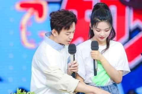 《快乐大本营》:孟美岐、杨超越技能全开,陈飞宇 嗓音迷人